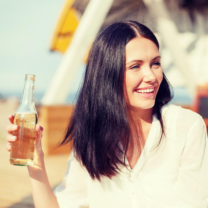 Natuerliche-produkte-Wasser-trinken
